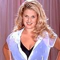 Carrie Lynn
