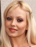 Yana Cova