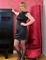 April AllOver30   April O. Mature.NL