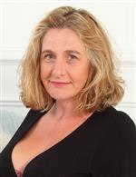 Camilla C mature.eu