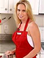 Debbie Dial   Debbie AllOver30
