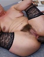 Elizabeth Mature.NL