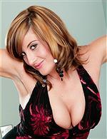 Jenny Badeau   Leona Lee