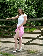 Joanne from the UK - Nicest legs I have ever seen