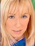 Karlie Simone