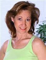 Lynn AllOver30   Alle ATK Hairy   Elle Denay