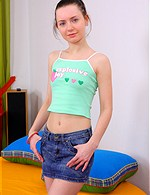 Mariya ATK-Hairy   Felecia GirlsGotCream   Stella_C TeenMegaWorld