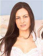 Michelle Khan Anilos KarupsOW