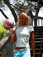 Nikki Luv