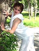 Robyn - Cute chubby teen maid