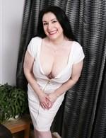 Sabrina-Jade
