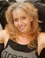 Simone O. Mature.NL   Ilona G. LustyGrandmas