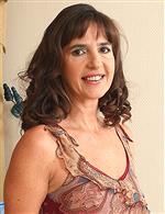 Suzie AllOver30   Mariana Lusty Grandmas