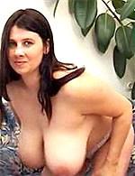 Tit-Job with cumshot