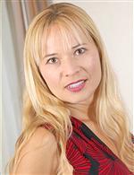 Viktoria OlderWomen   Anilos