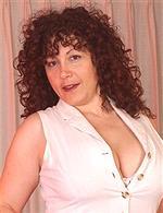 Yvette - hot BBW milf
