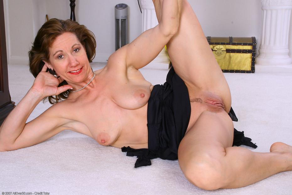 Lynn AllOver Alle ATK Hairy Elle Denay - Peachy18