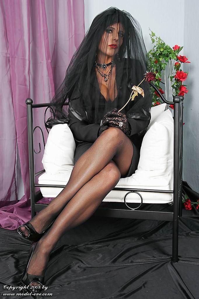 Фото секс вдова 3 фотография