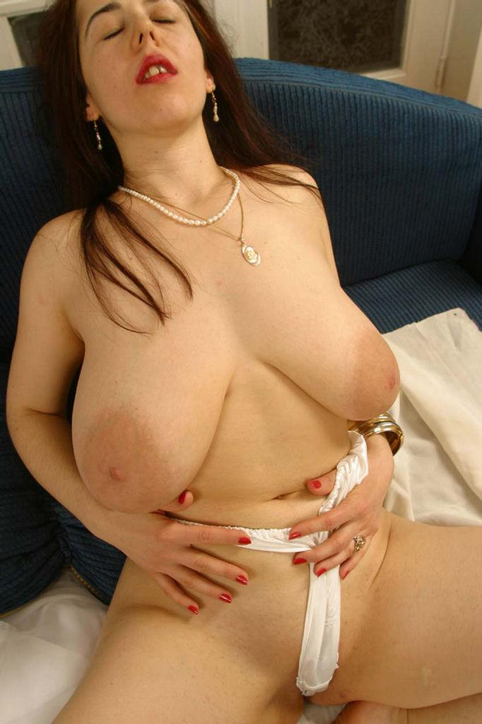 Cute angie nude images