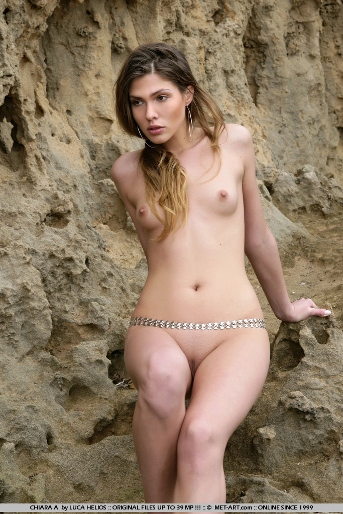 nude women with belly chain